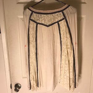 Free People Tops - Free People loose-fitting embroidered top sz M